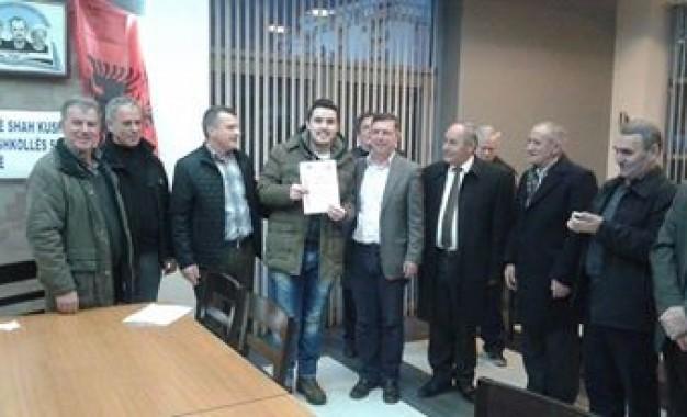 "Shahisti mitrovicas Nderim Saraçi triumfoi ne turneun memorial i shahut ""UÇA 92"" në Istog"