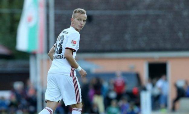 Ylli kosovar Florent Hadergjonaj debuton në Bundesligë kundër Dortmundit